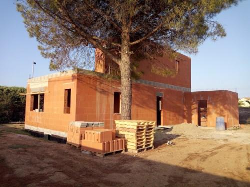 Achèvement élévation des murs chantier à MARSEILLAN